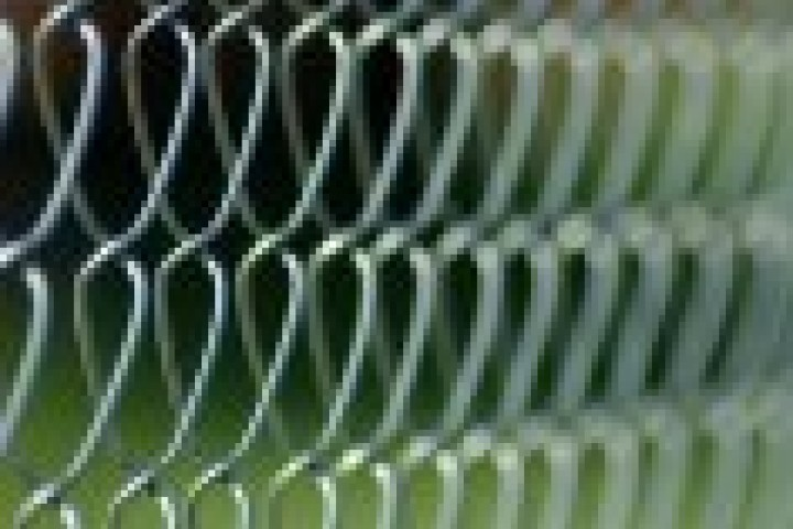 Modular Glass Installations Mesh fencing 720 480
